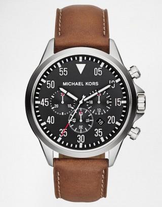 Reloj Michael Kors Gage con cronómetro y correa de cuero marrón